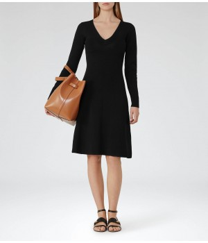 Reiss Emelia Black Knitted Fit And Flare Dress